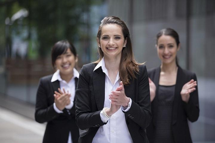 10 Leadership Games & Training Activities | Stepshift